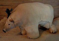 Of CLOTH AND HAND - baby polar bear Baby Polar Bears, Sewing Notions, Dinosaur Stuffed Animal, Hands, Country, Christmas, Animals, Clothes, Xmas