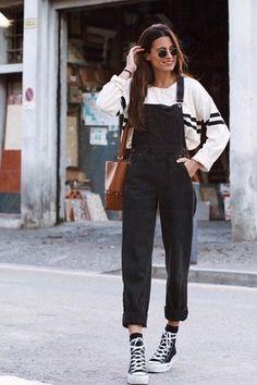 Look: Linda cartera negra, el sueño de toda mujer - María Valdés - Trendtation