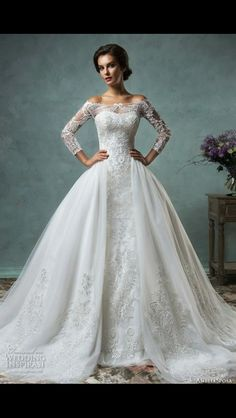 Absolutely gorgeous, dreamy dress fit for a princess or a queen