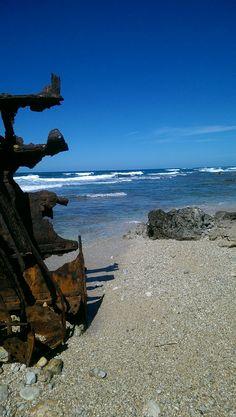 Spiaggia del Relitto - Penisola del Sinis - Oristano, Sardegna. Leggi qui http://www.betogo.com/vacanze-nei-parchi-in-sardegna.aspx