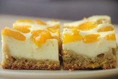 kivi: Rychlá žitná buchta s tvarohem a mandarinkami Sweet Treats, Cheesecake, Good Food, Desserts, Fitness, Tailgate Desserts, Sweets, Deserts, Candy