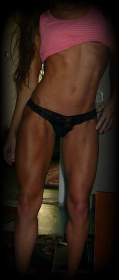 These are the legs I want... I think I am about 2% body fat away from having them... We will see lol I have never been able to find my ideal of perfect thighs until now... FINALLY I have a picture to show people what I have been describing!!!