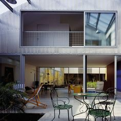 A former biscuit factory was overhauled to create the House in Bordeaux, a dwelling composed of a sequence of contrasting rooms, beginning with an entrance through a dark garage. Bordeaux, School Architecture, Amazing Architecture, Passive Design, My Building, Social Housing, Prefab Homes, Design Firms, Midcentury Modern