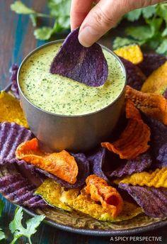Peruvian Dishes, Peruvian Cuisine, Peruvian Recipes, Peruvian Green Sauce Recipe, Sauce Recipes, Cooking Recipes, Healthy Recipes, Peruvian Chicken, Steak Dinner Sides