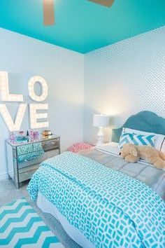 Room Decor: Save it for later. Turquoise room ideas - turquoise bedroom ideas for girls, boys, and adult. Theres also another turquoise room ideas like living room and family room. Check em out! Teenage Girl Bedroom Designs, Dream Bedroom, Girl Bedroom Designs, Bedroom Design, Teenage Girl Bedroom Diy, Girls Bedroom, Girls Bedroom Paint, Diy Girls Bedroom, Girl Room