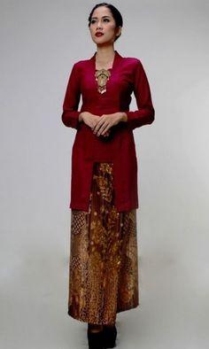 Diy fashion no sew dresses patterns super ideas Model Kebaya Muslim, Dress Brokat Muslim, Model Kebaya Modern, Kebaya Modern Dress, Kebaya Dress, Kebaya Kutu Baru Hijab, Kebaya Kutu Baru Modern, Batik Kebaya, Batik Dress