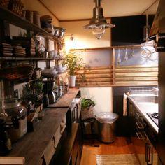 Norimakiさんの、キッチン,ダイソー,IKEA,ニトリ,セリア,みせる収納,流木,窓枠DIY,ドラセナ,flying tiger,MALAIKA,watts,アルミシートでステンレス風,狭い&暗い,食器棚を真っ二つ,のお部屋写真