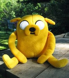 Quirky Artist Loft: Free Pattern: Adventure Time - Jake the dog