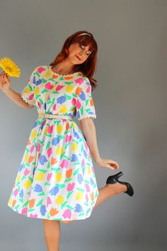 Vintage 1970s Floral Tulips Dress White Pink Yellow by gogovintage, $28.00