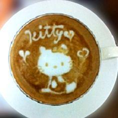 .·:*¨¨*:·.Coffee ♥ Art.·:*¨¨*:·. Hello Kitty latte art