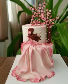 Would you guys eat this ? Daily posts of Cakes ? For promotions/ad Amazing ? Would you guys eat this ? Daily posts of Cakes ? For promotions/ad Elegant Birthday Cakes, New Birthday Cake, Beautiful Birthday Cakes, Birthday Cakes For Women, Happy Birthday, Beautiful Cake Designs, Beautiful Cakes, Amazing Cakes, Cake Wrecks