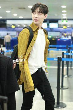 Henry Lau, Amazing Person, Super Junior, Multimedia, Korean, Husband, Hairstyle, Twitter, Hair Job