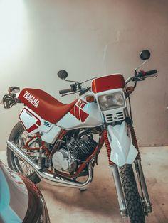 Scrambler Motorcycle, Motorcycles, Dt Yamaha, Mopeds, Custom Bikes, Helmets, Motocross, Automobile, Japan