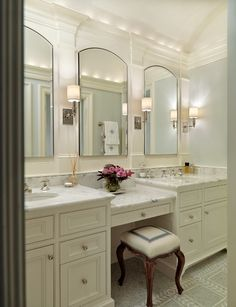 Traditional Bathroom Design, Pictures, Remodel, Decor and Ideas - page 8 mirrors - middle vanity - 4 lights? Master Bathroom Vanity, Small Bathroom, Master Bathrooms, Bathroom Mirrors, Vanity Mirrors, White Bathroom, Bathroom Vanity Stool, Gray Bathrooms, Bathroom With Makeup Vanity