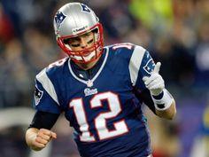 Tom Brady Signs Extension