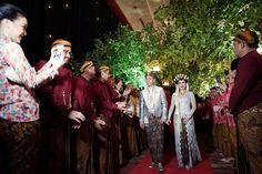 Pernikahan Adat Jawa Sarah dan Indra di Jakarta