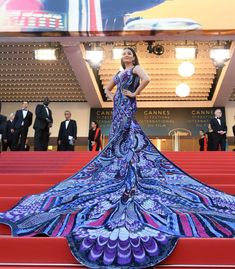 Cannes 2018: Stop. And See. Aishwarya Rai Bachchan's Dramatic Entry In Purple And Black