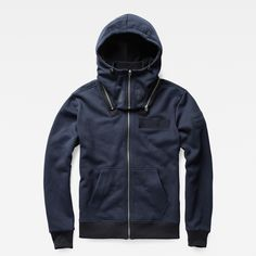 Drawing inspiration from archive submarine apparel, this soft sweat features a removable hood with zip-off construction.