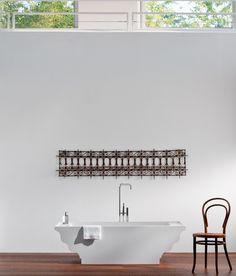 freistehende Badewanne Grandtour Clawfoot Bathtub, Home Decor, Freestanding Tub, Bathing, Clawfoot Tub Shower, Homemade Home Decor, Decoration Home, Interior Decorating
