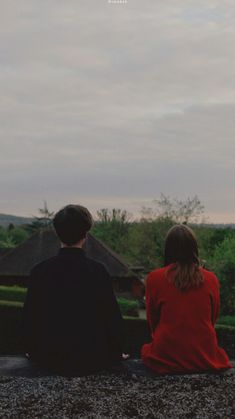 the end of the f***ing world 출처: issietheshark end of the f***ing world 반응 Couple Aesthetic, Film Aesthetic, Aesthetic Pictures, World Wallpaper, Wallpaper Quotes, Wallpaper Backgrounds, The End, End Of The World, Movie Wallpapers