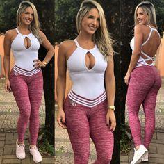Epic Fashion Fails Of Kim Kardashian - Hd Wallpapers Free Pics Best Ab Workout, Workout Wear, Ab Workouts, Fashion Fail, Girl Fashion, Kim Kardashian Hd, Waist Workout, Ideias Fashion, Sportswear