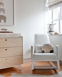 The Oeuf Sparrow Changer compliments the Sparrow Crib- Available at NessaLee Baby