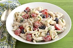 This quick and creamy main dish salad gets a head start with rotisserie chicken and cheese-filled tortellini pasta. Kraft Foods, Kraft Recipes, New Recipes, Recipies, Favorite Recipes, Yummy Recipes, How To Prepare Pasta, How To Cook Pasta, Cooking Chicken To Shred