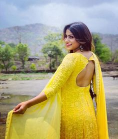 I swam across I jumped across for you Oh what a thing to do Cause you were all YELLOW🌻 Indian Tv Actress, Indian Actresses, Cotton Saree Blouse Designs, Punjabi Dress, Cute Beauty, Women's Beauty, Desi Clothes, Cute Girl Pic, Indian Couture