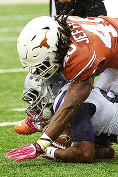 Longhorns Football, Texas Longhorns, Sport Football, Hook Em Horns, University Of Texas, Fun Time, Burnt Orange, Athlete