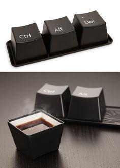 Ctrl + Alt + Del cups - LOOOOOOVE
