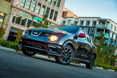 The 2014 Nissan Juke Nismo RS starts at $26,930, reflecting a $3,130 price premium over the base 2014 Nissan Juke Nismo.