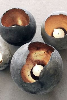DIY Eggshell Concrete Candle Holders or Plant Pots- Home Improvement / Decor concrete decor // lzzr jewelry who knew concrete could be so chic? here's some cool concrete decor you can put in your home! If you want to create awesome candleholders or cust Concrete Candle Holders, Diy Candle Holders, Diy Candles, Diy Candle Stand, Candle Decorations, Concrete Crafts, Concrete Projects, Plaster Crafts, Diy Marble