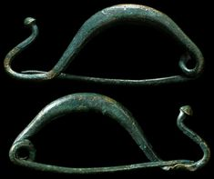 Ancient Resource: Ancient Greek Fibulae, Toga-Pins and Brooches for Sale