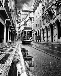 Lisbon by Jorge Maia - City, Street & Park Street Scenes Black And White City, Black And White Aesthetic, Black And White Pictures, White Art, Photography Essentials, City Photography, Belle Villa, Great Photos, Black And White Photography