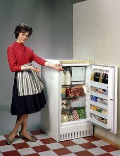 Evalet refrigerator | Atelier Rude | 1960 | Oslo Museum | CC BY-SA