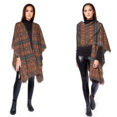 #brown #rust #tribal #geometeic #fallfashion #fallstyle #wool #poncho #gifts #shopping #westernstyle @shopVIDA