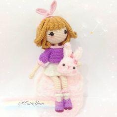 试钩 - Mini (Pattern by @gomi_chen ) A sweet little girl, her name is Mini 💕 超可爱的Mini, 甜甜的配色,软萌的兔子包🐰🎒,满满少女心 💕 特别感谢Gomi老师给我机会试钩,天大的幸运 ⭐啊! #amigurumi #amigurumis #amigurumidoll #crochet #crochetdoll #crocheting #crochetersofinstagram #instacrochet #handmade #handcraft #häkeln #ganchillo #ganxet #yarn #yarndoll #diy #钩针 #手工