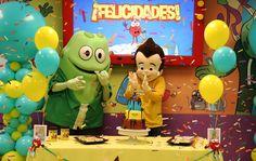 Divertida celebración del cumpleaños de Choco Fríoo de Chocolate Cortés en el Atención Atención Playground.