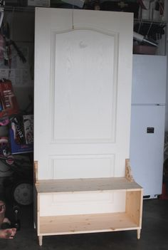 """A""""Door""""able Hall Tree - Pennywise Cook Old Door Projects, Furniture Projects, Home Projects, Diy Furniture, Door Hall Trees, Hall Tree Bench, Recycled Door, Make A Door, Old Doors"""