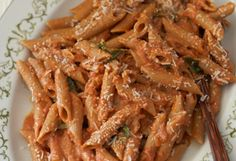 Penne Alla Vodka - It's the combination of cream and tomato sauce that gives this dish its signature flavor. The traditional cream is swapped here for low-fat Greek yogurt. - Recipe from Now Eat This! by Rocco DiSpirito Vodka Recipes, Pasta Recipes, Cooking Recipes, Healthy Recipes, Healthy Foods, Healthy Eating, Cooking Pasta, What's Cooking, Diabetic Recipes