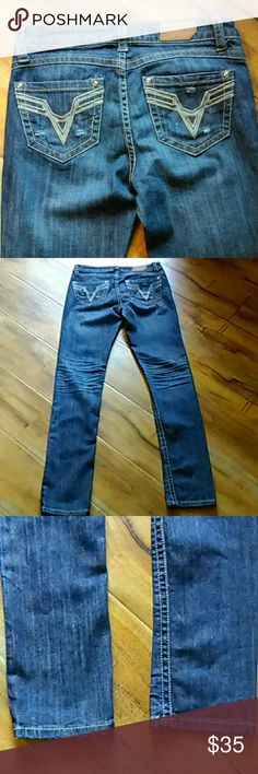Vigoss jeans size 1 Vigross skinny jeans in in great condition.  Inseam is 29 inches the rise is 8 inches Vigoss Jeans Skinny