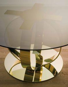 DOM EDIZIONI Luxury Living #domedizioni #luxuryfurniture #luxuryliving #andrew #dinnertable #glasstable