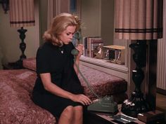 """A look at the sets from the classic sitcom """"Bewitched"""" starring Elizabeth Montgomery and the house on 1164 Morning Glory Circle. Bewitched Tv Show, Bewitched Elizabeth Montgomery, Erin Murphy, Beautiful Witch, Beautiful Women, Agnes Moorehead, Old Hollywood Movies, Victoria, Vintage Tv"""