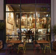 BuckleyGrayYeoman completes Nando's Restaurant in central Glasgow
