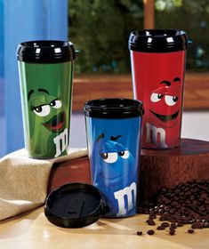 You'll be living the sweet life with this M&M's Character Travel Mug. Copo Starbucks, Starbucks Tumbler, Best Candy, Favorite Candy, Cute Coffee Mugs, Coffee Cups, Cowboy Cupcakes, M&m Characters, Thermal Cup