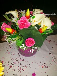 #pinkroses #greenleaves #cream #cupid #parties #art #craft # events # cute #dynamiqueshadez