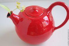 очень большой алый чайник - ярко-красный,большой,чайник,чай,уют,алый,круглый