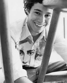 Adam Brody.