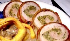 Svinjski kare – nadjeven i savijen — Recepti — Coolinarika Easy Cooking, Cooking Recipes, Creative Food, Fresh Rolls, Cucumber, Sushi, Pork, Yummy Food, Meat