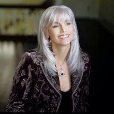 Emmylou Harris (love her hair)